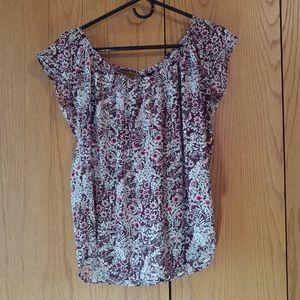 Lauren Conrad Maroon Floral Pattern Pleated Shirt